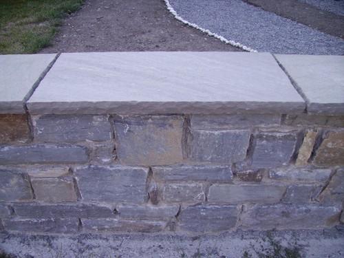 Sassi da muro - Agazzi Francesco - Lavorazione pietra arenaria - pavimentazione in pietra di bedonia